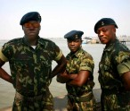 Mozambique_army_personnel
